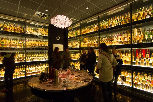 Улюблений алкоголь українців може зникнути з магазинів