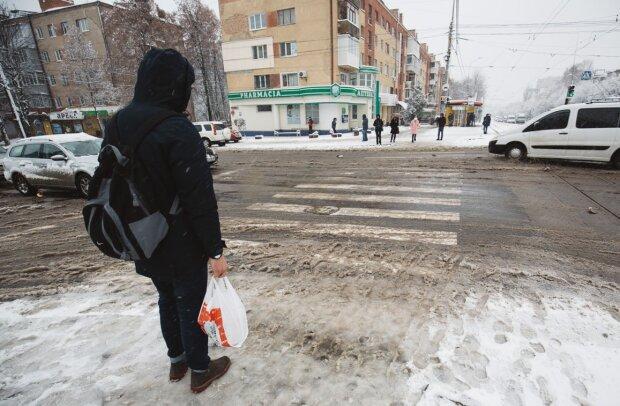 """""""Вас просто не видно"""": украинские водители выдвинули пешеходам требование, которое может спасти жизнь"""