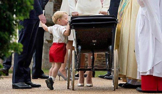 Уникальные кадры с церемонии крещения принцессы Шарлотты (фото)