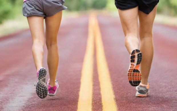 Встигнути за 60 секунд: як на організм впливає хвилинне тренування