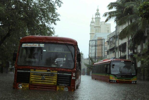 Ураган в Индии, фото: reuters.com
