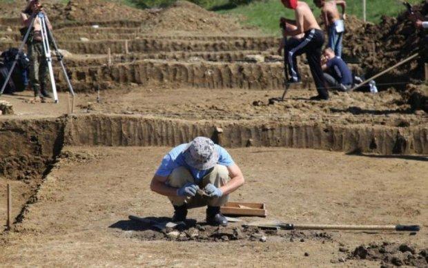 В это трудно поверить: археологи нашли загадочный след первого человека