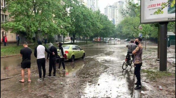 Дощ, фото: вільне джерело