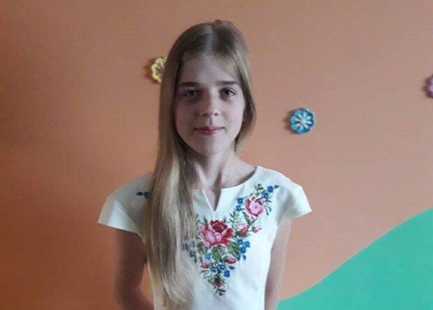"""Маленькая украинка борется с раком, приемная мама умоляет о помощи: """"Мы с Сашенькой совсем одни"""""""