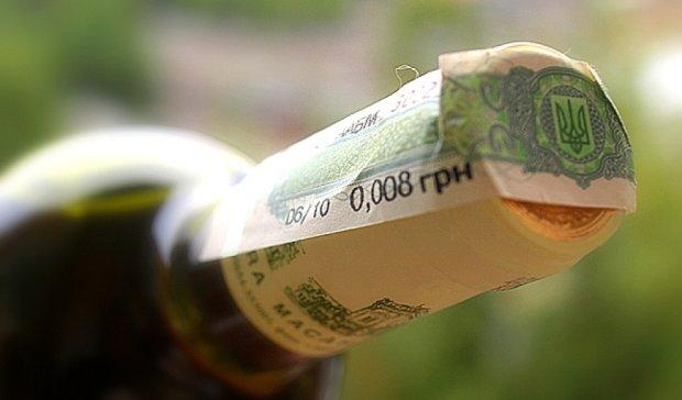 Турки пытались нелегально провезти в Украину акцизные марки на 13 млн. грн
