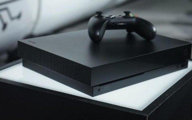Microsoft пішла по стопах Apple: коли вийде новий Xbox One X