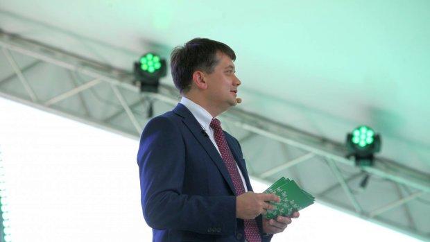 Новый министр обороны: Разумков закрыл вопрос о замене Полторака