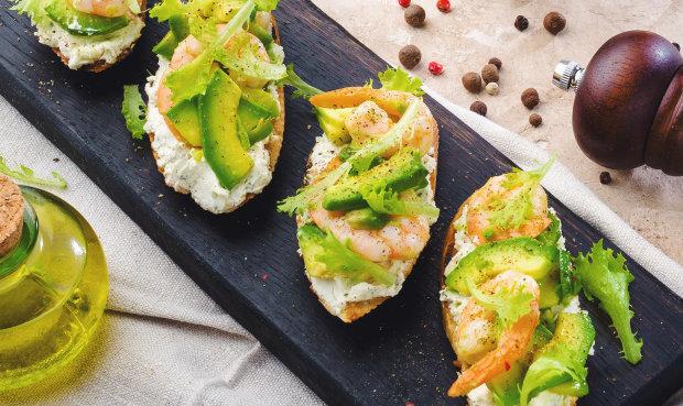 Тосты с авокадо и сыром: отличная идея для перекуса