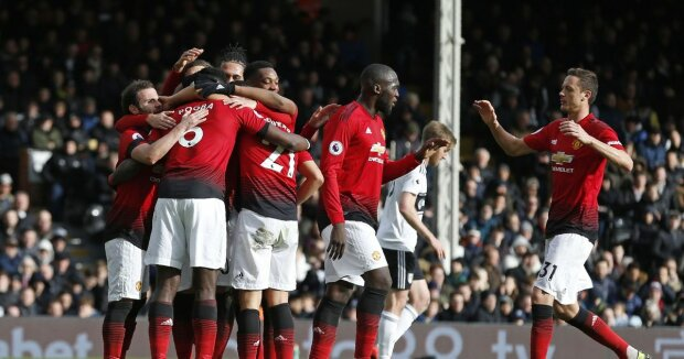 Манчестер Юнайтед разгромно победил в Лондоне: Сульшер и Погба обновили рекорды