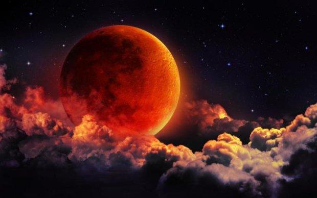 Зловещая Луна: затмение в замедленной съемке взбудоражило мир