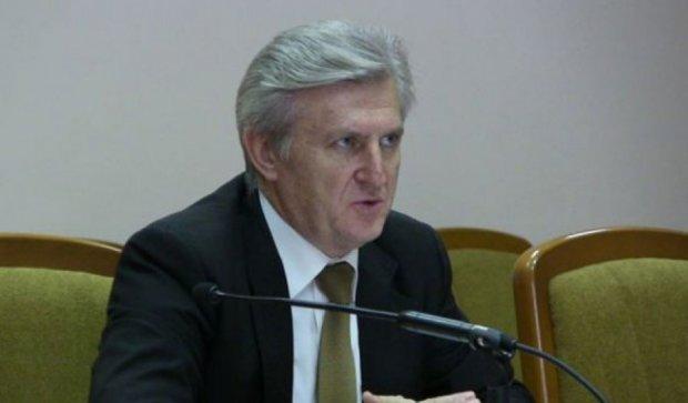 Террористы задержали  министра образования за кражу гуманитарки