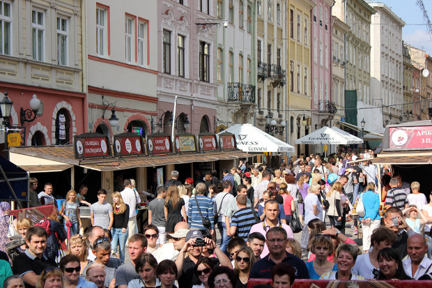 Погода у Львові на 26 червня: запасайтесь водою, спека повертається