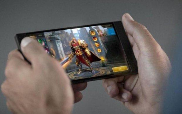 Xiaomi натякнула на створення надпотужного смартфона