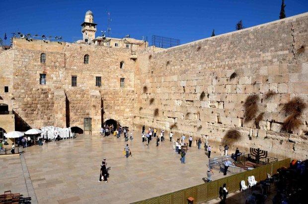 Пламя охватило самое святое место Иерусалима: здесь молился Иисус Христос