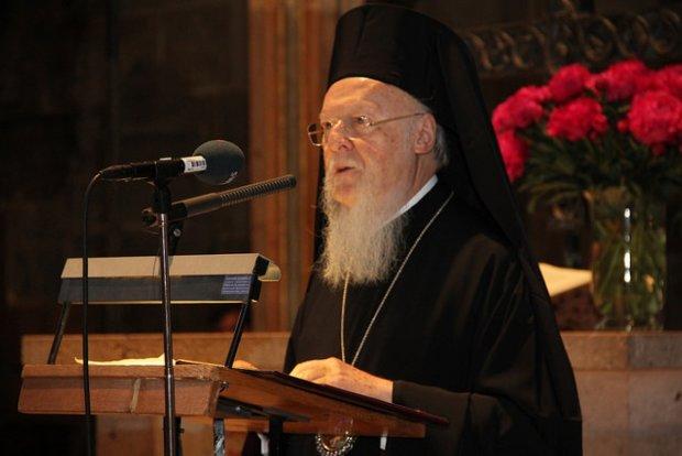 Змиритися і забути: Вселенський патріарх приголомшив новою заявою