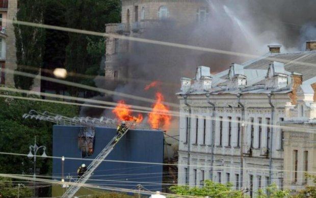 Пожар на Крещатике: сгоревший дом превратят в элитную высотку