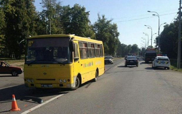 Жуткое ДТП во Львове: Daewoo влетел в авто с младенцем