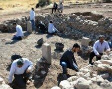 Розкопки храму Бонкуклу-Тарла