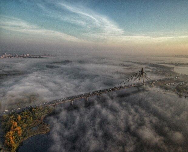 """Киев, встречай туманную пятницу: синоптики огорошили """"лондонским"""" прогнозом на 25 октября"""
