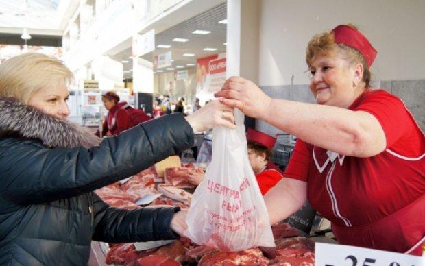 Украинцев удивят цены на мясо к майским праздникам