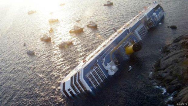 З дна моря підняли лайнер Коста Конкордія