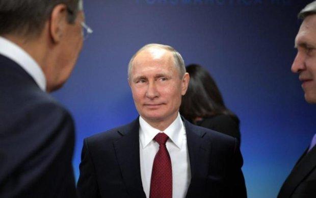 Путін вирішив культурно збагатитись в Криму. Голосно не смійтесь