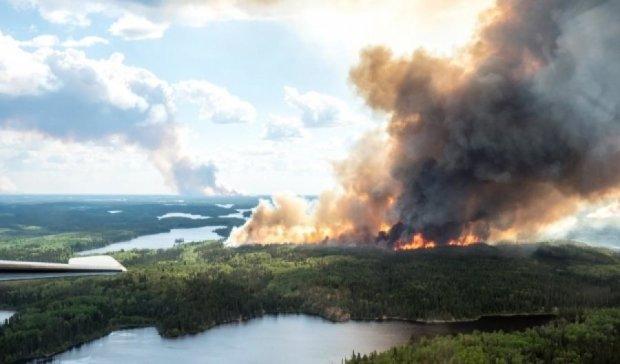 В Канаде горят леса: 8 тысяч человек эвакуировали