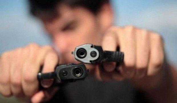 Мешканець Полтави розстріляв двох чоловіків на зупинці
