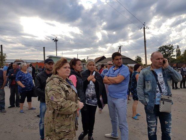 """На Житомирщині діє нова кримінальна схема віджиму бізнесу, не без участі """"обертнів у пагонах"""""""