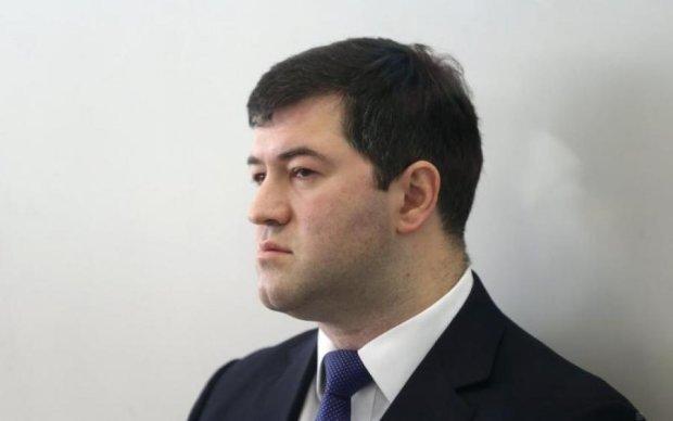 Потемніло в очах: суд розіграв чергове шоу з Насіровим