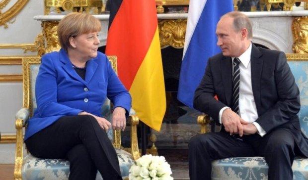 Меркель поїде на травневі свята до Путіна