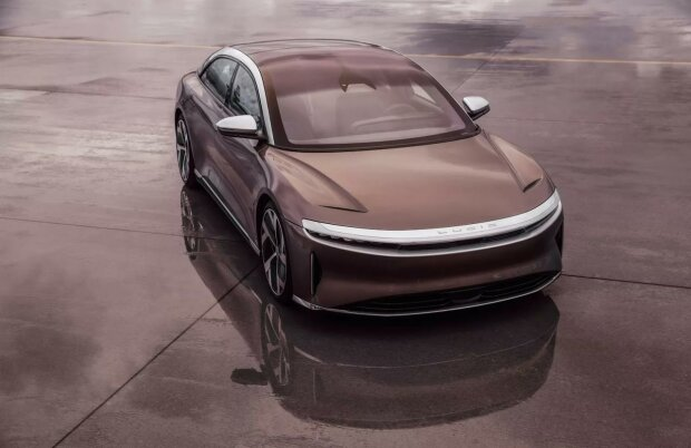 THE LUCID AIR