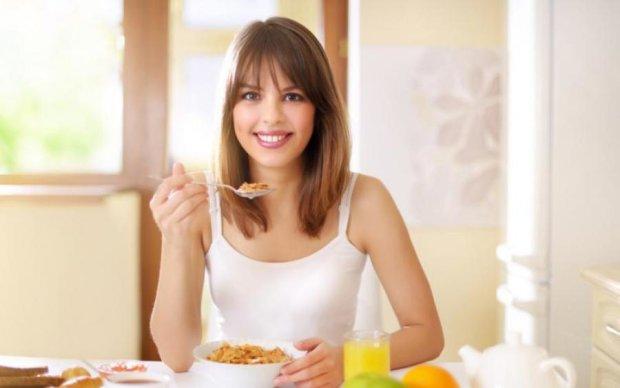 Правильное питание: назван идеальный летний завтрак