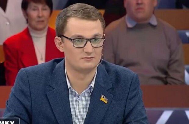 """Депутата від """"Слуги народу"""" зрівняли із землею за пропозицію продати члена родини, щоб вижити"""