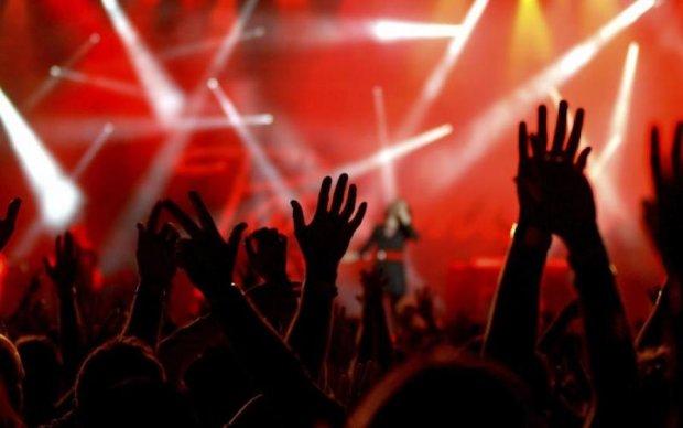 Поставити нікуди: на концерті відомої співачки принизили сім'ї бійців АТО