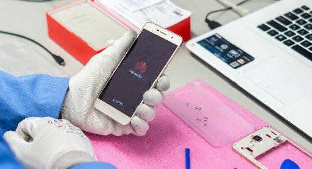 Hauwei переплюнула Apple і Samsung, на черзі Xiaomi