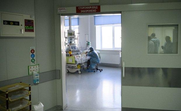 Одеса молиться: скалічені у ДТП на Люстдорфській дівчата на межі смерті, медики не відходять ні на крок