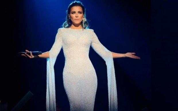 В постели с певцом: в сети показали позорное видео Ани Лорак