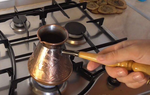 Кофе в турке, фото: кадр из видео