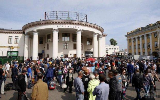 Подорожание проезда: суд пообещал украинцам разобраться