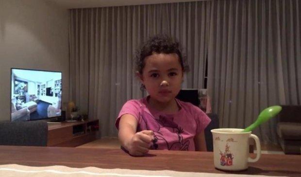 Відеофокуси  шестирічної дівчинки підірвали мережу (відео)