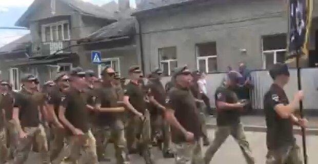 На Франківщину повернулися герої, показали Путіну потужний кулак на Донбасі - 8 місяців під кулями