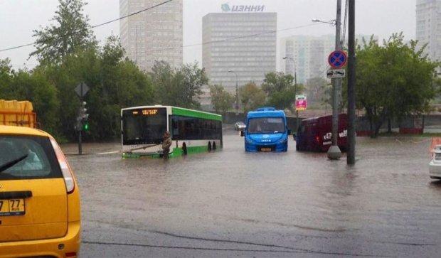 Кара небесная: Москву содрогнула очередная стихия (ФОТО)
