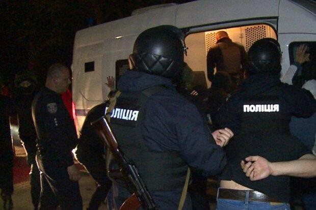 Чотири роки в бігах: під Вінницею схопили підозрюваного у розправі над сусідом по гуртожитку