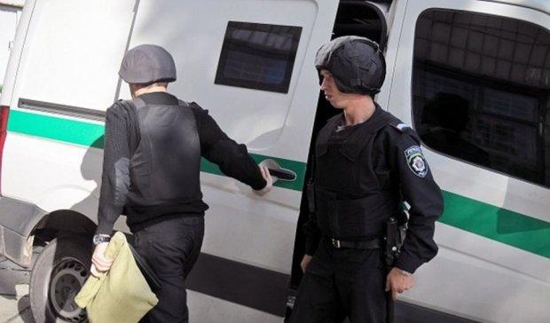 Київські інкасатори збідніли на мільйон: зухвалий злодій підгадав кожну дрібницю