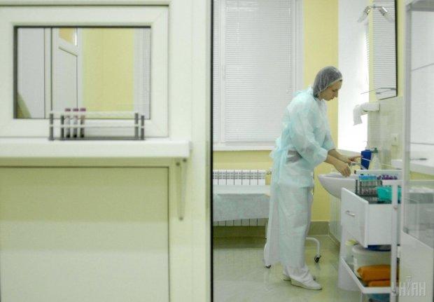 Число жертв екзотичного вірусу невпинно зростає: Європа налякана