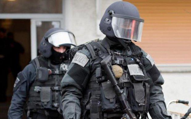 """Трагедія у Німеччині: поліція знайшла у водія """"подарунок Путіна"""""""