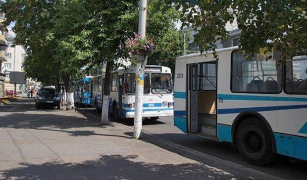 У Житомирі повністю зупинилися тролейбуси (фото)