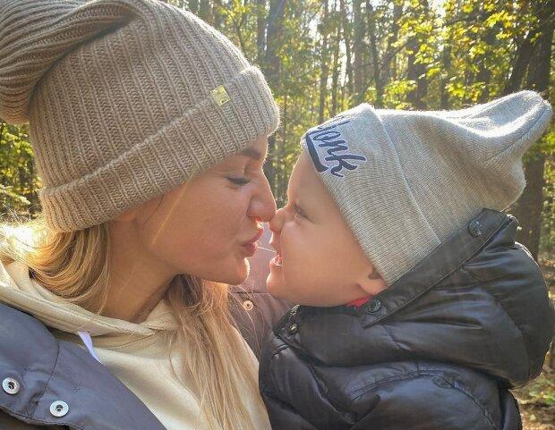 Алла Добкіна з сином, фото - https://www.instagram.com/alladobkina007/