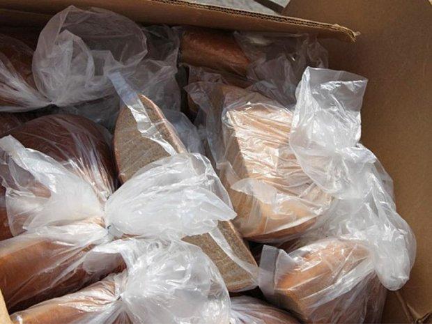 В Україні почали роздавати безкоштовний хліб